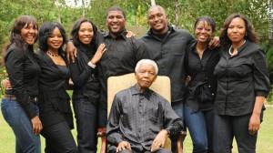 t1larg_mandela_family