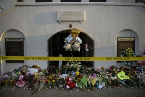 A morning view of a memorial outside the Emanuel AME Church June 19, 2015 in Charleston, South Carolina. US (Getty Images)